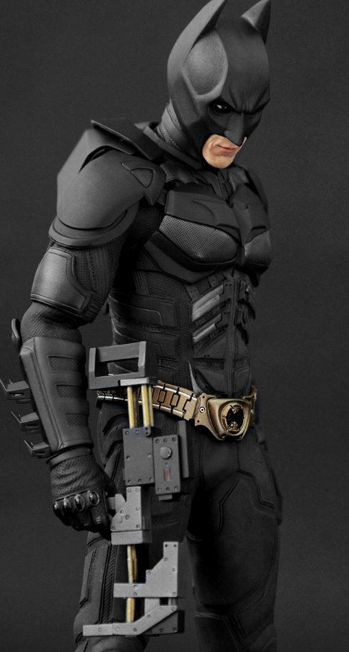Batman - The Dark Knight: Batman, 1/6 Figur ... https://spaceart.de/produkte/bm004-batman-the-dark-knight-figur-hot-toys-dx02-4897011172750-spaceart.php