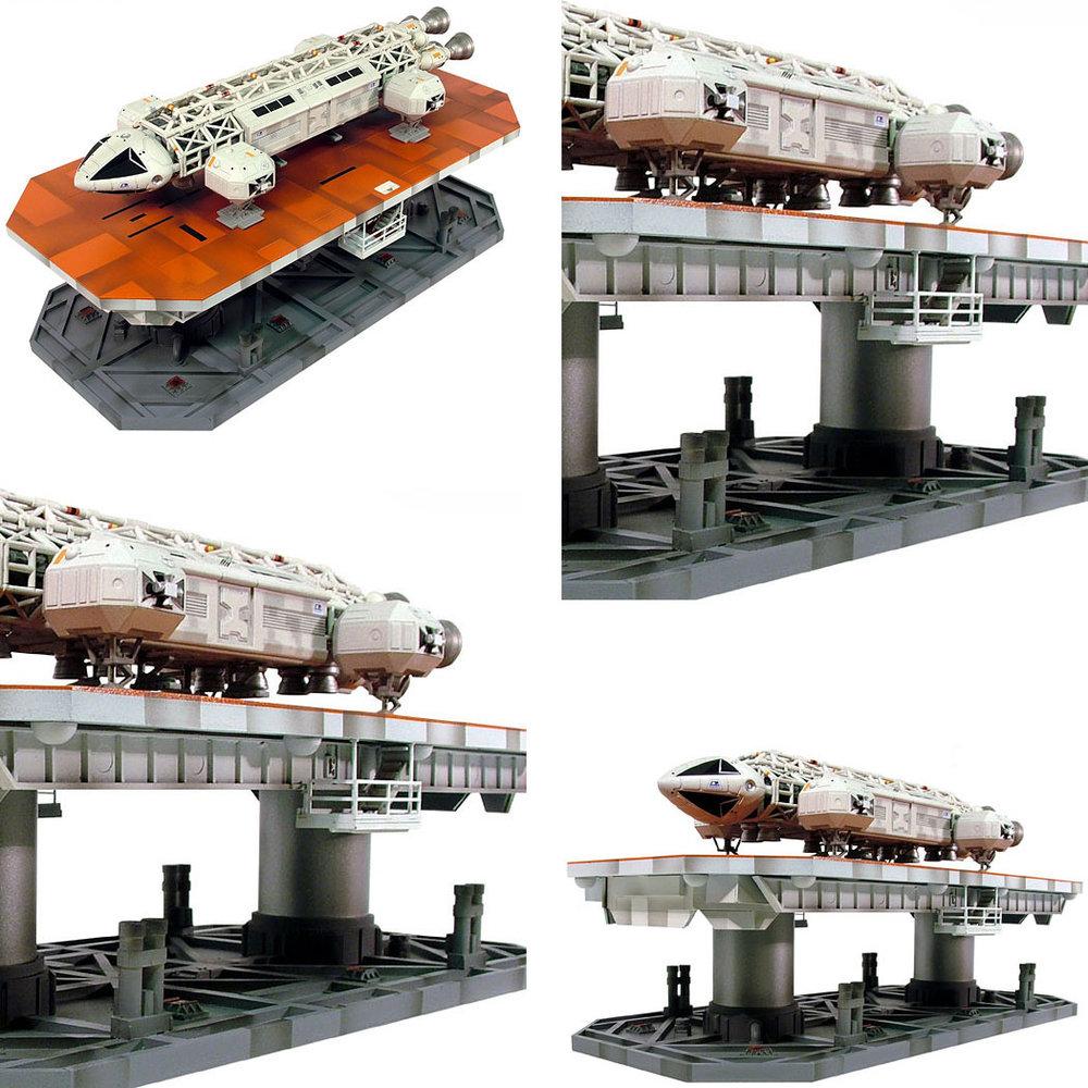 Mondbasis Alpha 1: Eagle Lift-Anlage, Modell-Bausatz ... https://spaceart.de/produkte/mondbasis-alpha-1-eagle-lift-anlage-modell-bausatz-warp-mba005.php