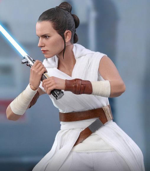 Star Wars - The Rise of Skywalker: Rey und D-O, 1/6 Figur ... https://spaceart.de/produkte/sw023-rey-and-d-o-star-wars-the-rise-of-skywalker-figur-hot-toys-mms559-905520-4895228603036-spaceart.php